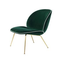 Gubi - Beetle Lounge Sessel mit Samt und Gestell Messing