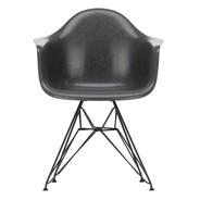Vitra - Chaise avec accoudoirs Eames Fiberglass DAR structure noire