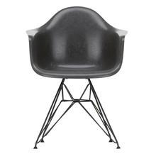 Vitra - Eames Fiberglass Armchair DAR onderstel zwart