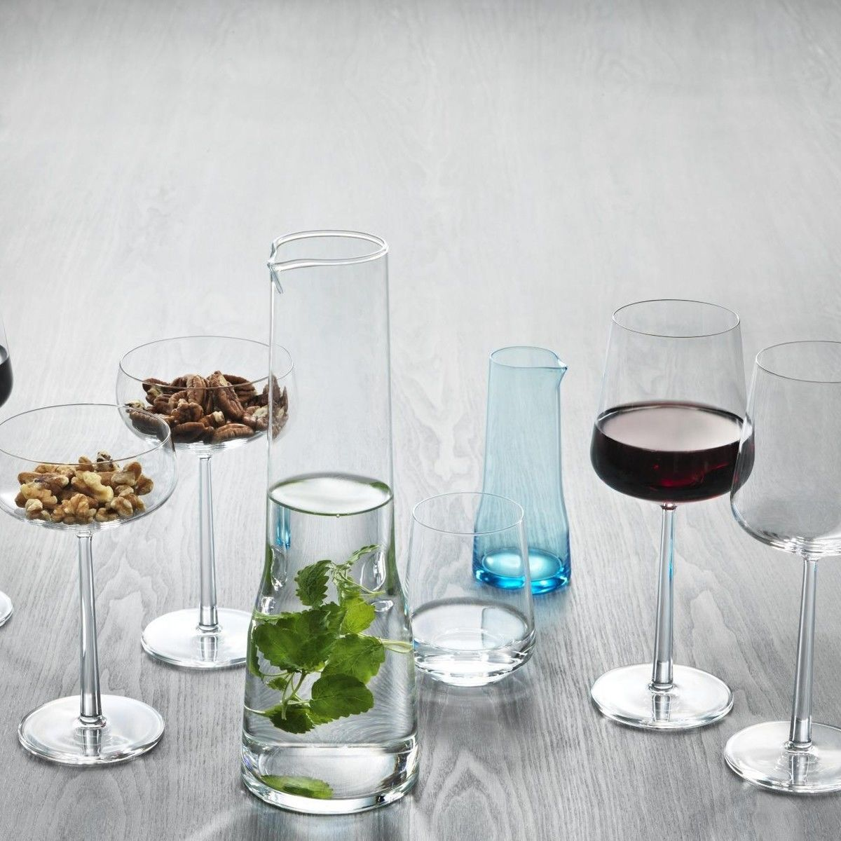essence champagne glass set iittala. Black Bedroom Furniture Sets. Home Design Ideas
