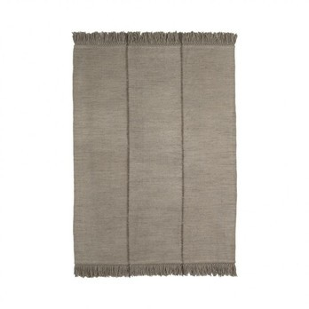 Nanimarquina - Mía Stone Wollteppich 170x240cm - stein/Kilim: 100% neuseeländische Wolle/Dichte: 37.800 Knoten/m2/H 0.6cm/Gewicht:2.5 kg/m2