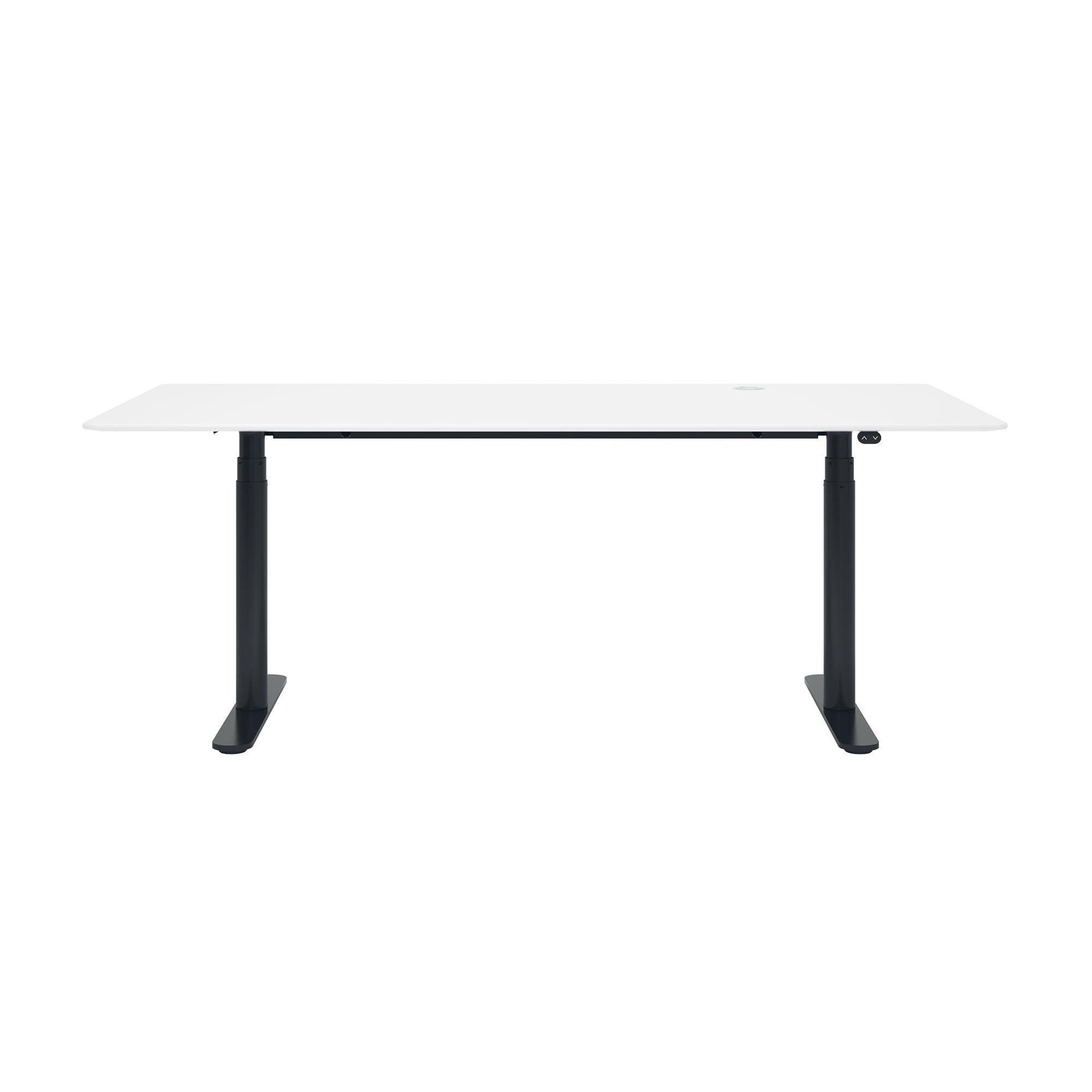 Montana HiLow Office Table Xcm AmbienteDirect - Black round office table