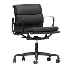 Vitra - Soft Pad Chair EA 217 Gestell schwarz