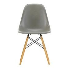 Vitra - Eames Fiberglass Side Chair DSW Golden Maple