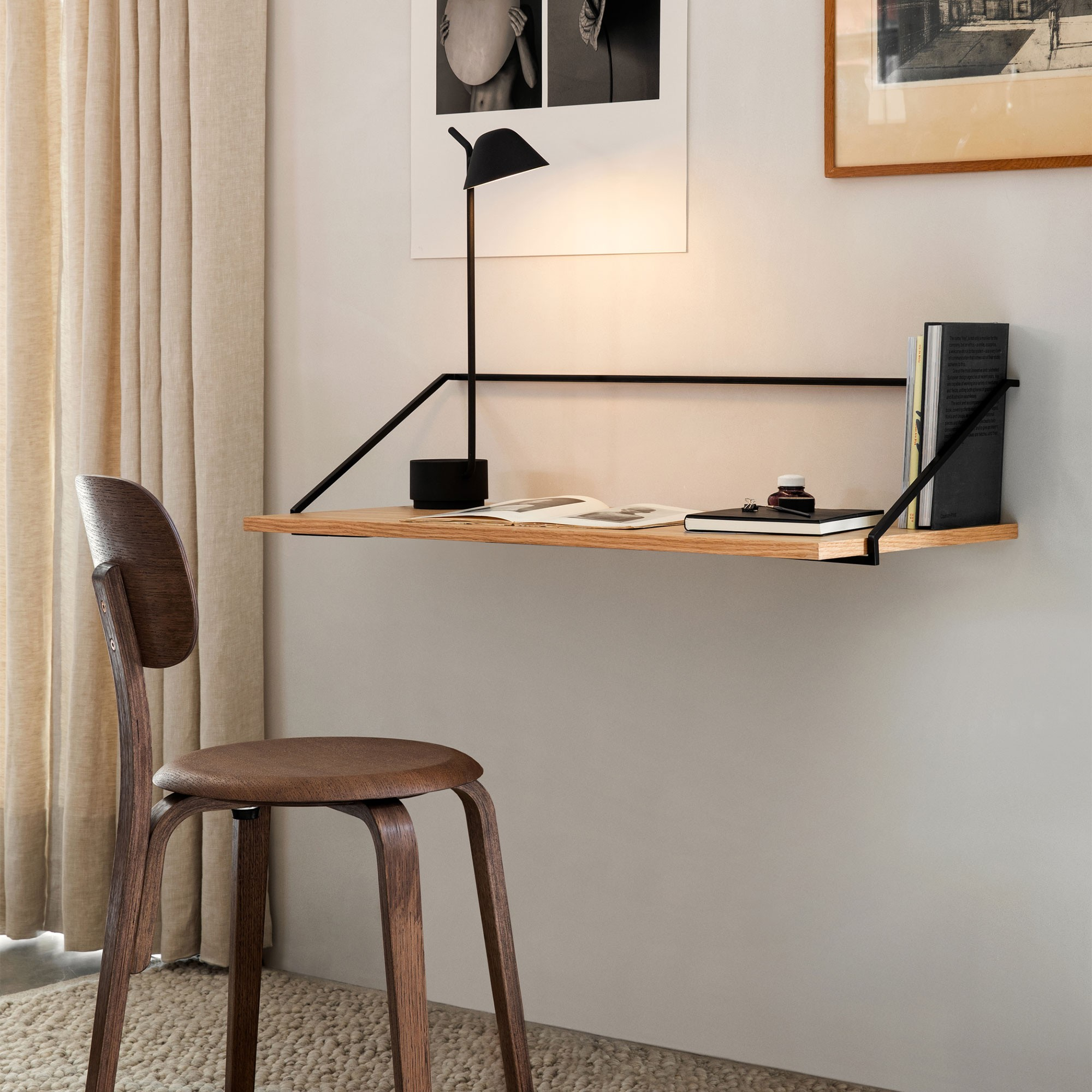 minimalist work desk