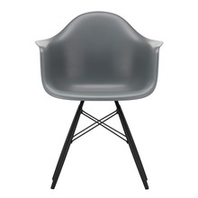 Vitra - Eames Plastic Armchair DAW Black Maple Base