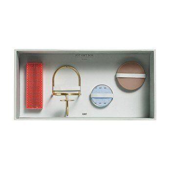 HAY - HAY Geschenkbox Decoration Large 4tlg. - messing, transparent, puder, neonro/4 tlg./Kerzenhalter, 2 Glasdosen S/M, Streichhölzer