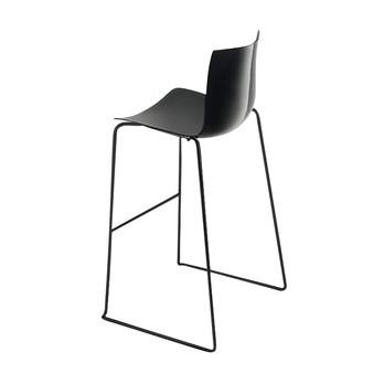 Arper - Catifa 46 0471 Barhocker einfarbig schwarz - schwarz/Außenschale glänzend/innen matt/Gestell schwarz matt V39/Sitzhöhe 76cm