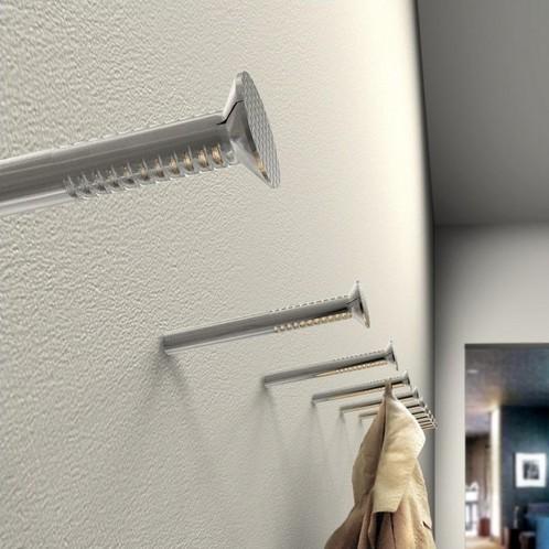 Artificial - Kawenzmann Garderobe mit Chromnägeln