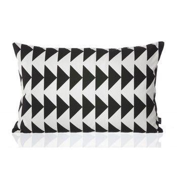ferm LIVING - Black Arrow Kissen 60x40cm - schwarz-weiß/waschbar bei 30°C