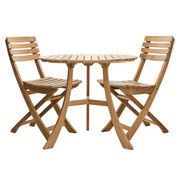 Skagerak - 1 Vendia Table + 2 Vendia Garden Chairs