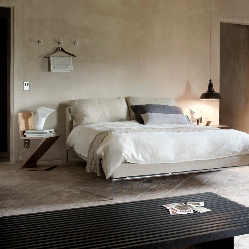 zigzag rietveld chaise cassina. Black Bedroom Furniture Sets. Home Design Ideas