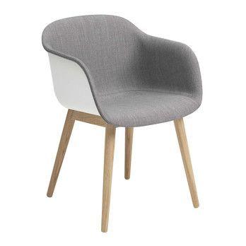 Muuto - Fiber Armlehnstuhl teilgepolstert Holzgestell - weiß/grau/Sitzfläche Remix 133/BxHxT 54,5x76,5x67,5cm/Gestell Eiche