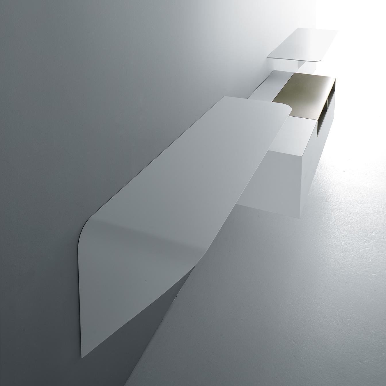 mamba light wall shelf