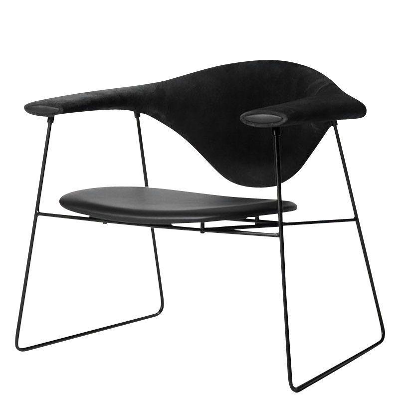 gubi masculo lounge chair gubi. Black Bedroom Furniture Sets. Home Design Ideas