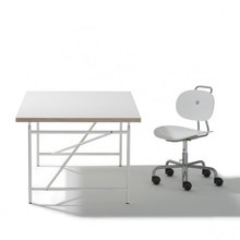 Richard Lampert - Eiermann Kid's Desk + Turtle Chair