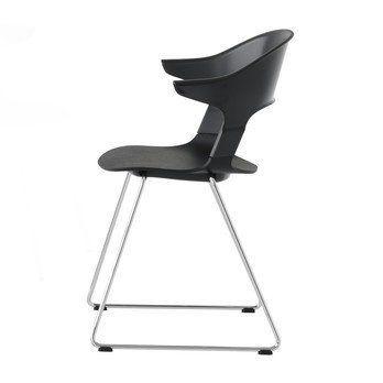 Fritz Hansen - Pair Chair BH31 Armlehnstuhl - schwarz/Sitzfläche Eiche schwarz/Gestell Chrom/58x69x52cm