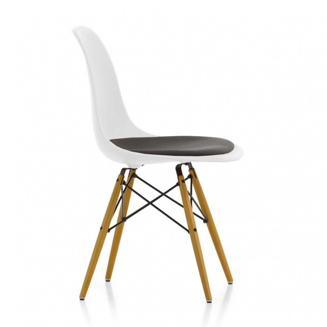 Vitra Eames Plastic Side Chair Dsw Gepolstert Ambientedirect