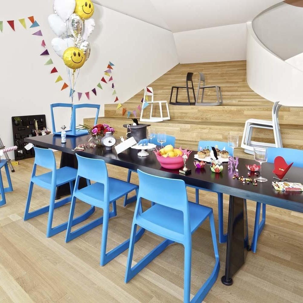 vitra tip ton rocking chair ambientedirect. Black Bedroom Furniture Sets. Home Design Ideas