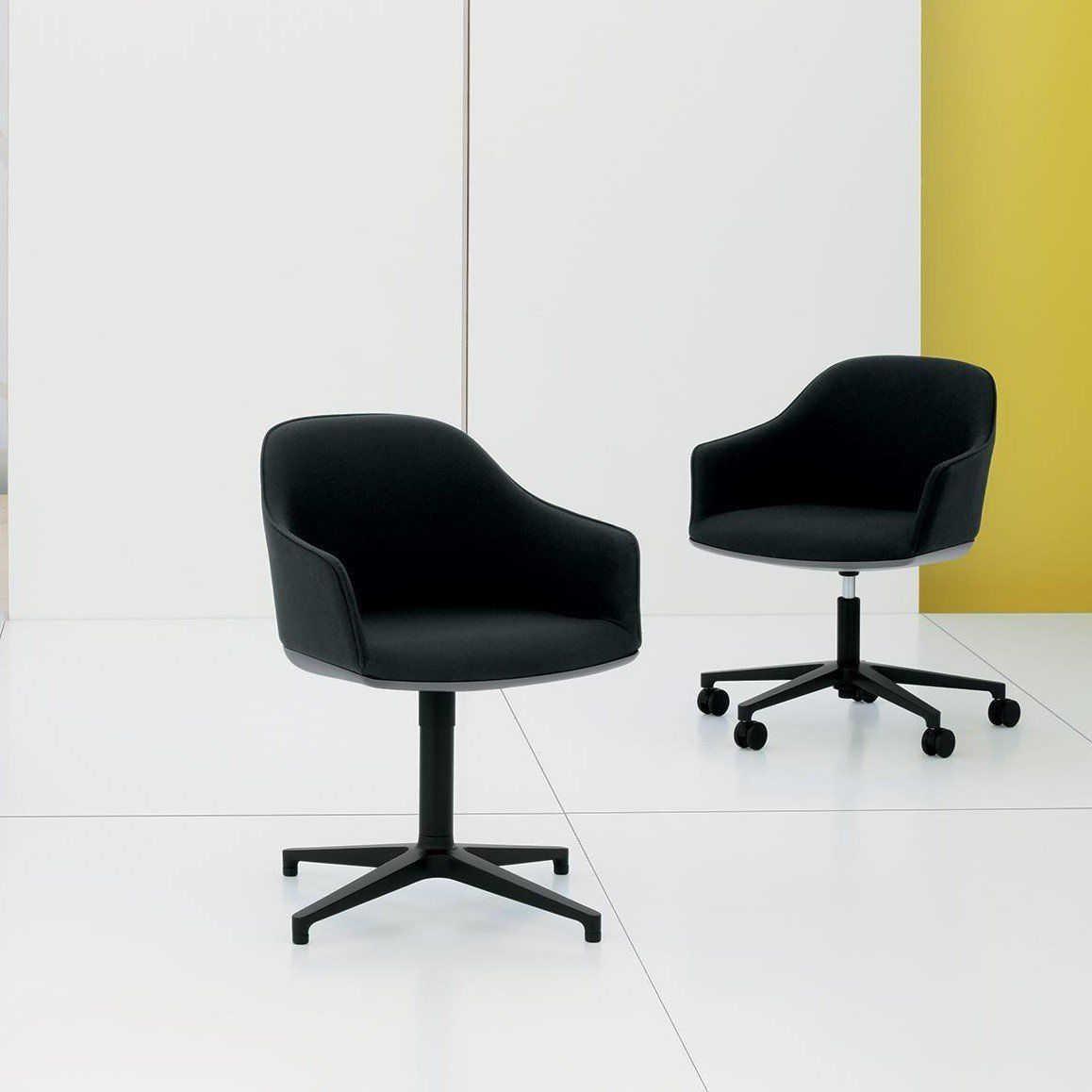 vitra softshell chair b rostuhl ambientedirect. Black Bedroom Furniture Sets. Home Design Ideas