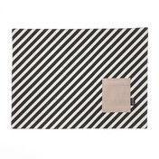 ferm LIVING - ferm LIVING Tischset 2er Set - schwarz/weiss/blassrosa gestreift/44x33cm/inkl. eingenähtem Bestecktäschchen
