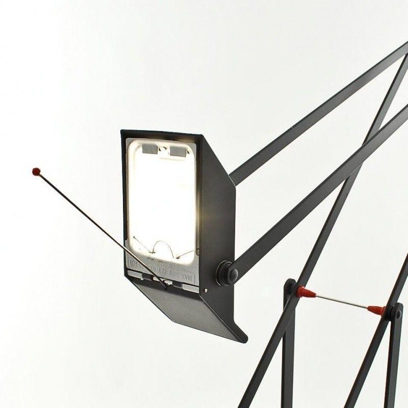 tizio 50 desk lamp artemide. Black Bedroom Furniture Sets. Home Design Ideas