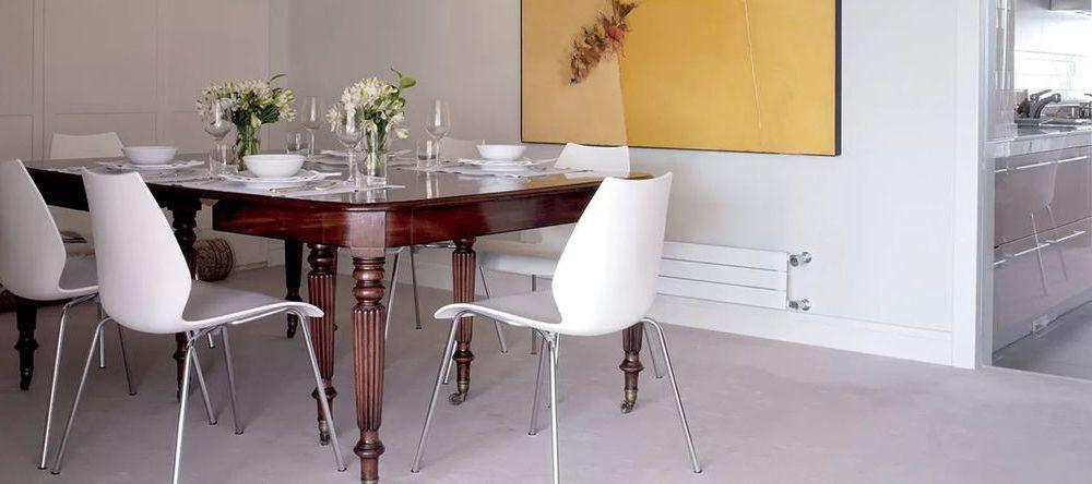 Buy Kartell chairs & lighting online | AmbienteDirect