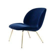 Gubi - Beetle Lounge Sessel Samt Gestell Messing