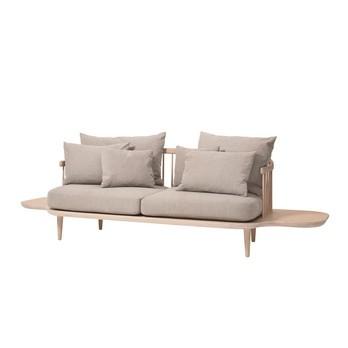 &tradition - FLY SC3 2-Sitzer Sofa mit Ablage - beige/Stoff Hot Madison 094/Gestell weiße geölte Eiche/inklusive Kissen