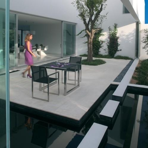 Royal Botania - Ninix Gartenstuhl mit Armlehnen