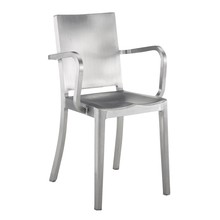 EMECO - Chaise avec accoudoirs Hudson
