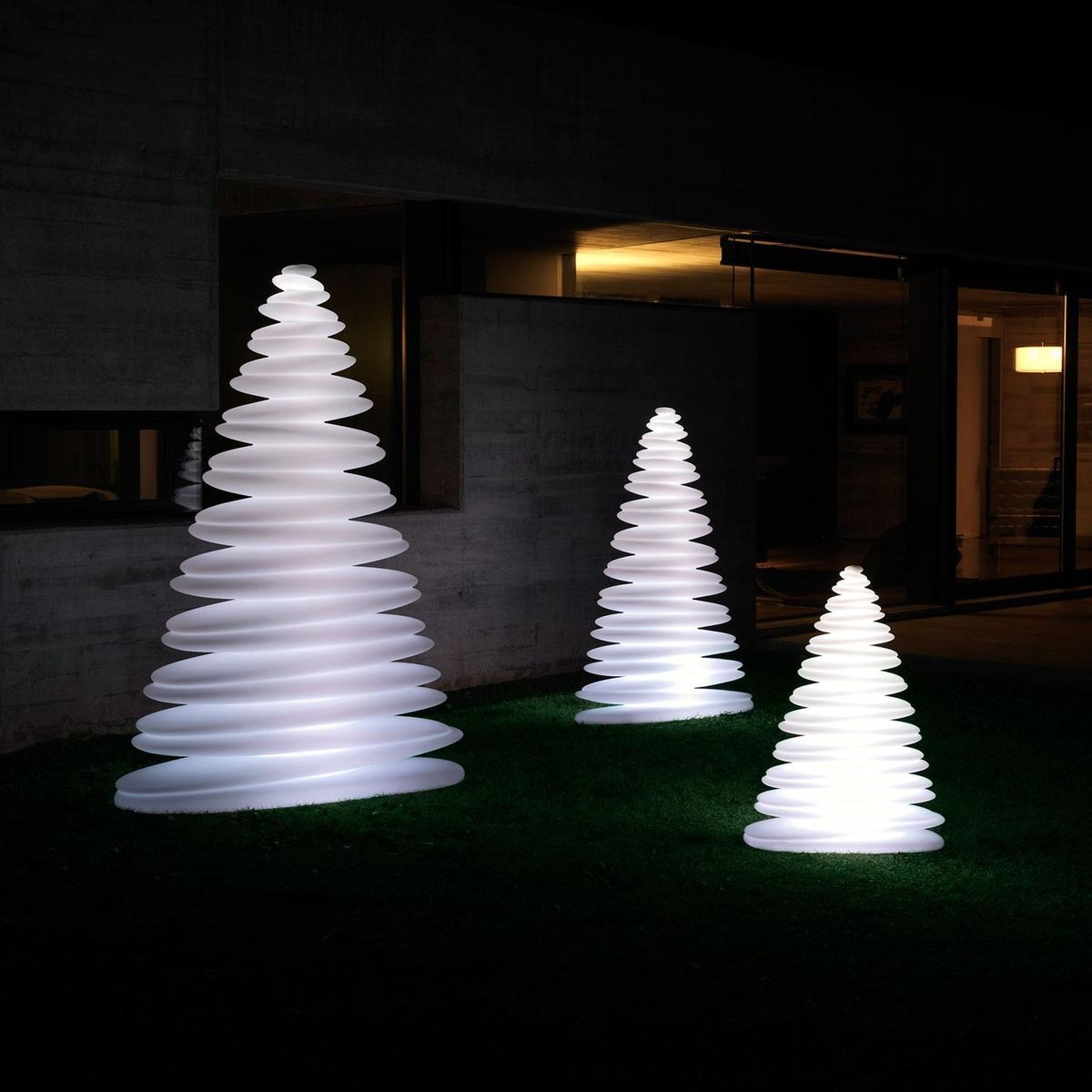 vondom chrismy led christmas tree - Led Christmas Tree