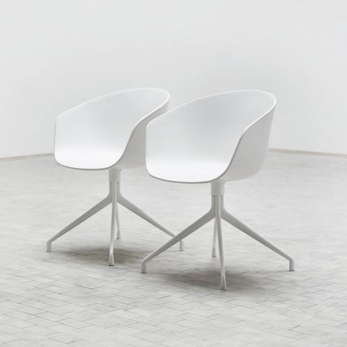 HAY - About a Chair 20 Drehstuhl mit Armlehnen