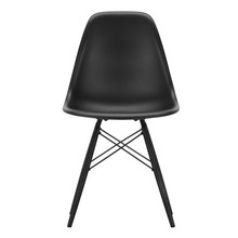 Vitra - Eames Plastic Side Chair DSW Black Maple Base