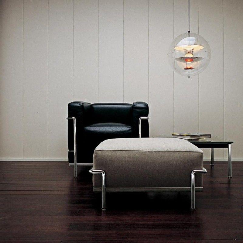 Le Corbusier LC2 Armchair | Cassina | AmbienteDirect.com