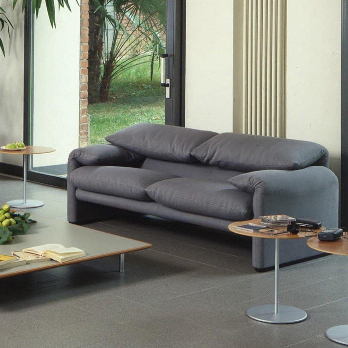 maralunga 40 canap 2 places 166x86cm cassina. Black Bedroom Furniture Sets. Home Design Ideas