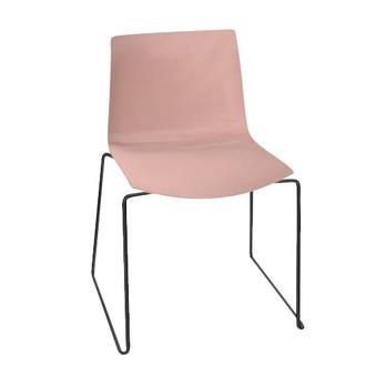 Arper - Catifa 46 0278 Stuhl einfarbig Kufe schwarz - rosé/Außenschale glänzend/innen matt/Gestell schwarz matt V39/neue Farbe