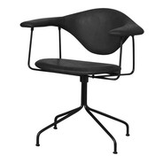Gubi - Chaise pivotante Masculo Meeting Chair cuir