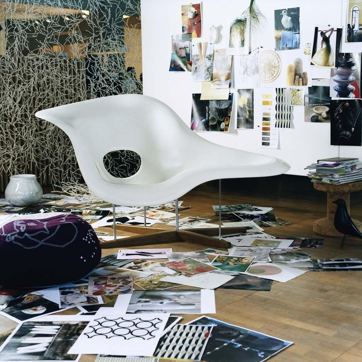 Vitra - La Chaise Eames Chaise Longue : eames la chaise - Sectionals, Sofas & Couches