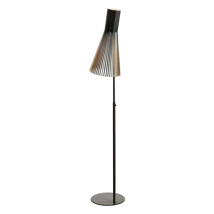secto 4210 floor lamp secto design. Black Bedroom Furniture Sets. Home Design Ideas