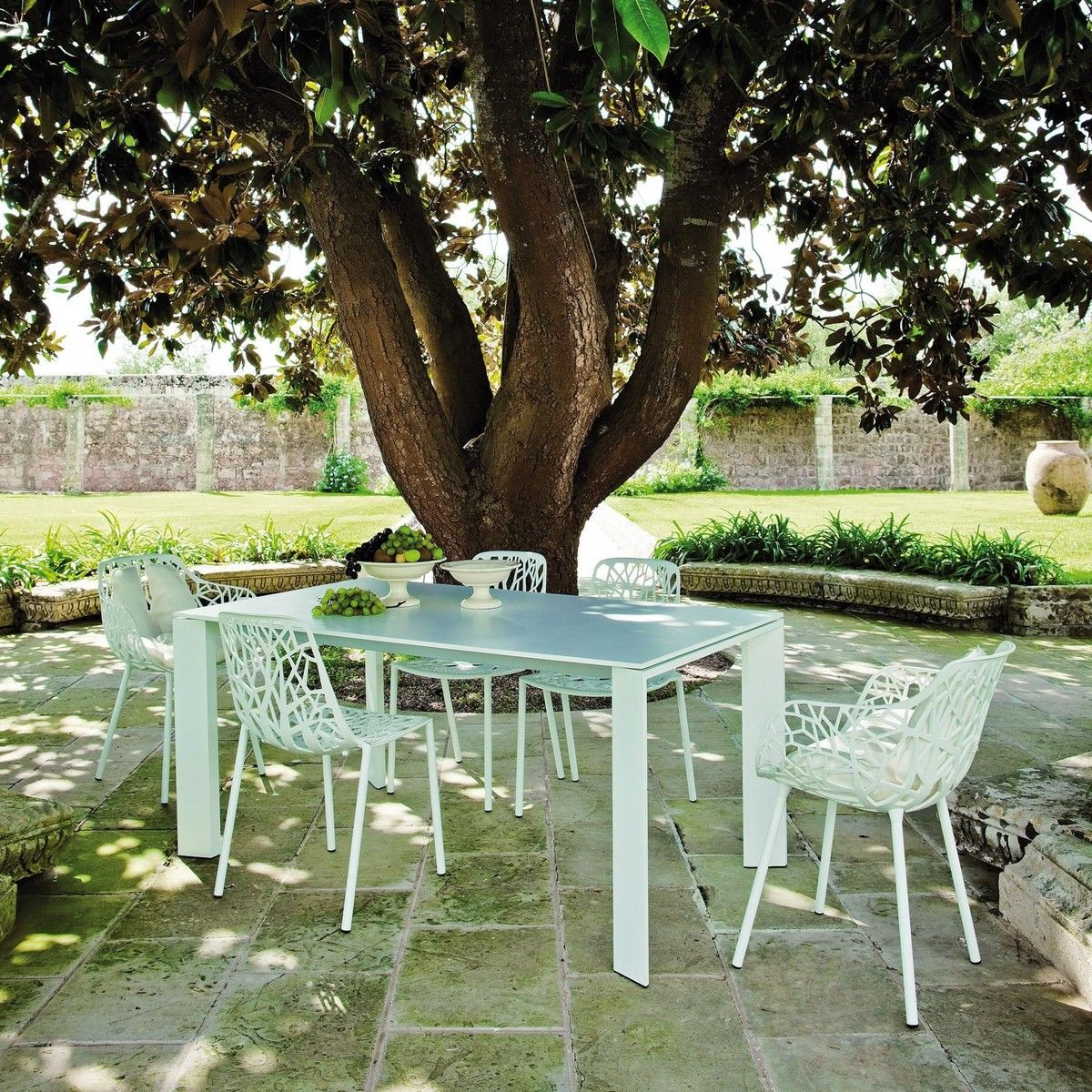grande arche table de jardin rallonges weish upl. Black Bedroom Furniture Sets. Home Design Ideas