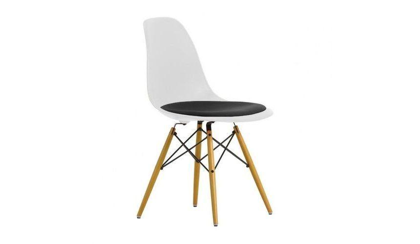 Eames Plastic Side Chair eames plastic side chair dsw upholst h43cm vitra ambientedirect com