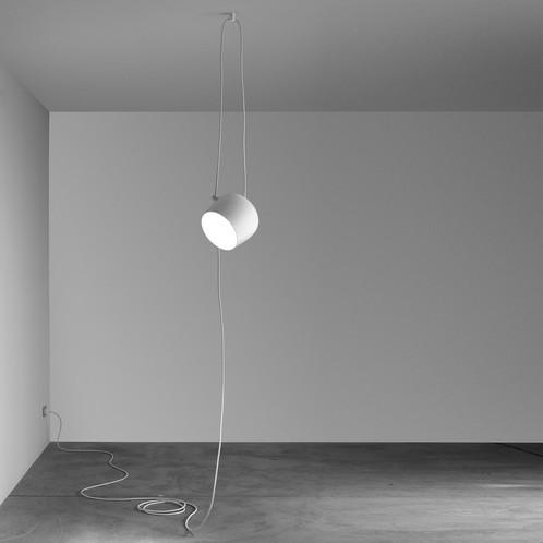 Flos - Aim LED Pendelleuchte mit Schukostecker
