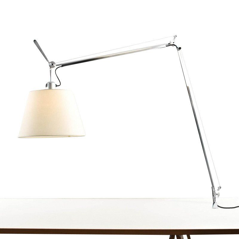 tolomeo mega lampe de table pergamena artemide. Black Bedroom Furniture Sets. Home Design Ideas