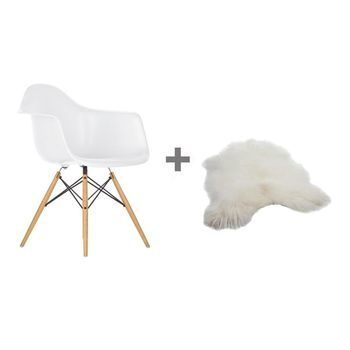 Vitra - Aktionsset Eames Plastic Armchair H43cm DAW + Fell - weiß/Gestell Ahorn gelblich/Island Lammfell/Querverstrebungen aus Rundstahl schwarz/Neue Höhe