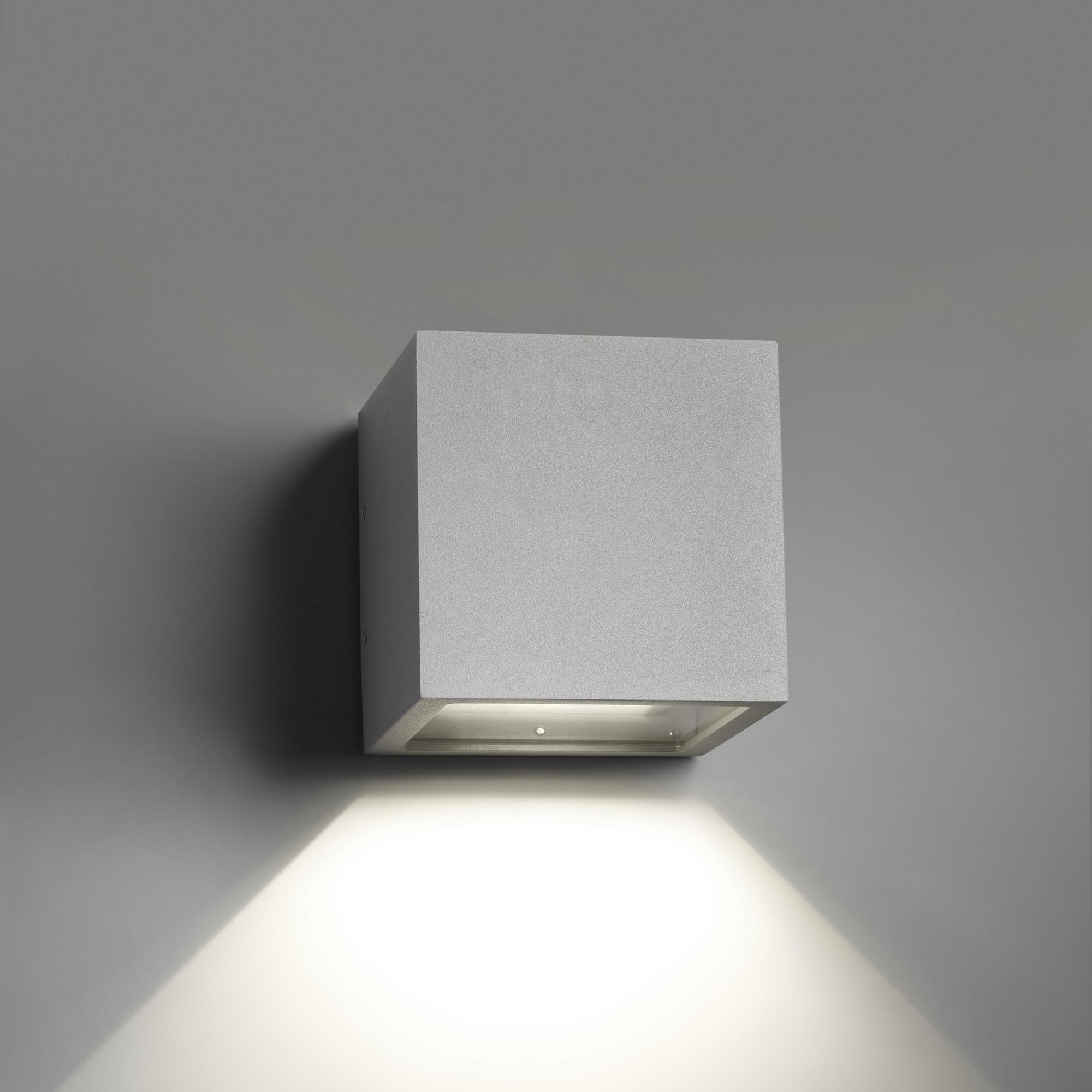 Light Point Cube Down Led Wall Lamp