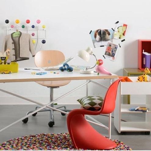 Richard Lampert Eiermann Kid S Desk Turtle Chair Ambientedirect