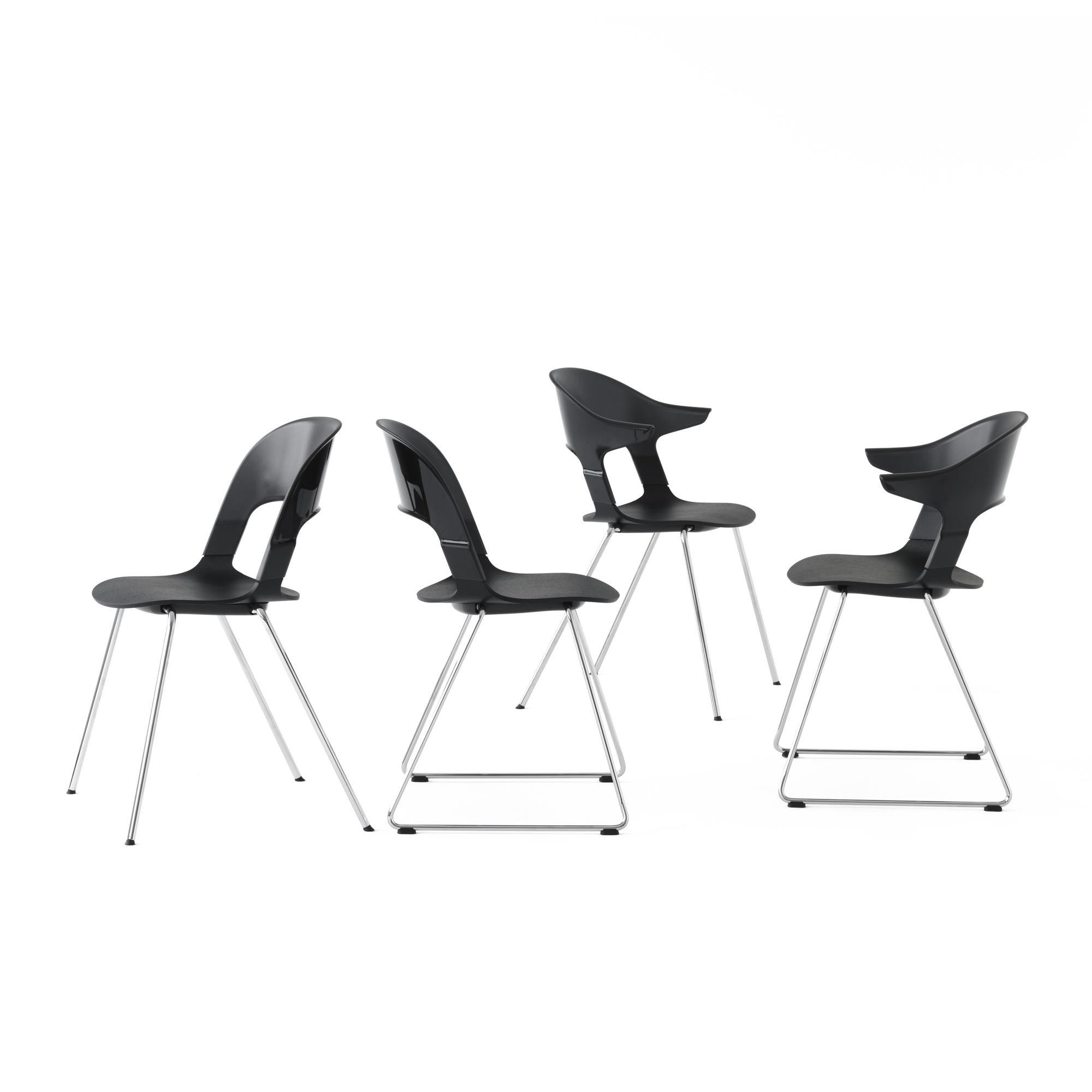 fritz hansen pair chair bh21 stuhl ambientedirect. Black Bedroom Furniture Sets. Home Design Ideas