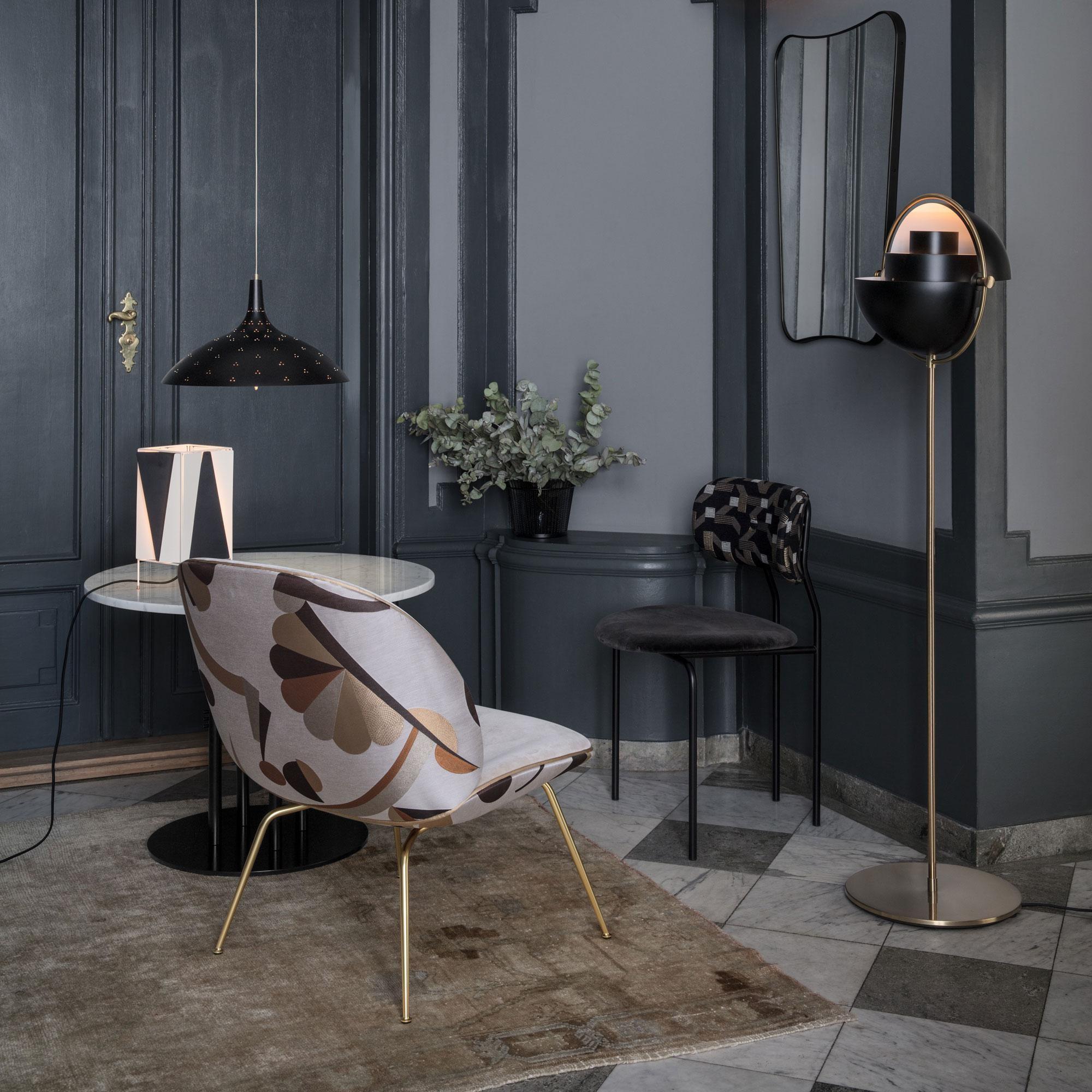 Gubi Multi-Lite Floor Lamp | AmbienteDirect