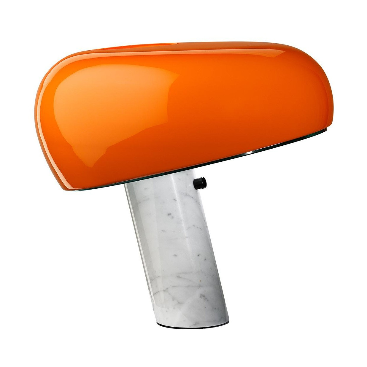 flos dition sp ciale 2017 snoopy lampe de table ambientedirect. Black Bedroom Furniture Sets. Home Design Ideas